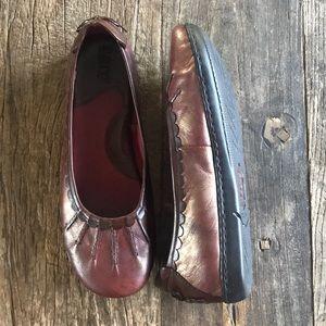Born Shoes - Born metallic Oxblood Cushioned Leather Flats 7.5